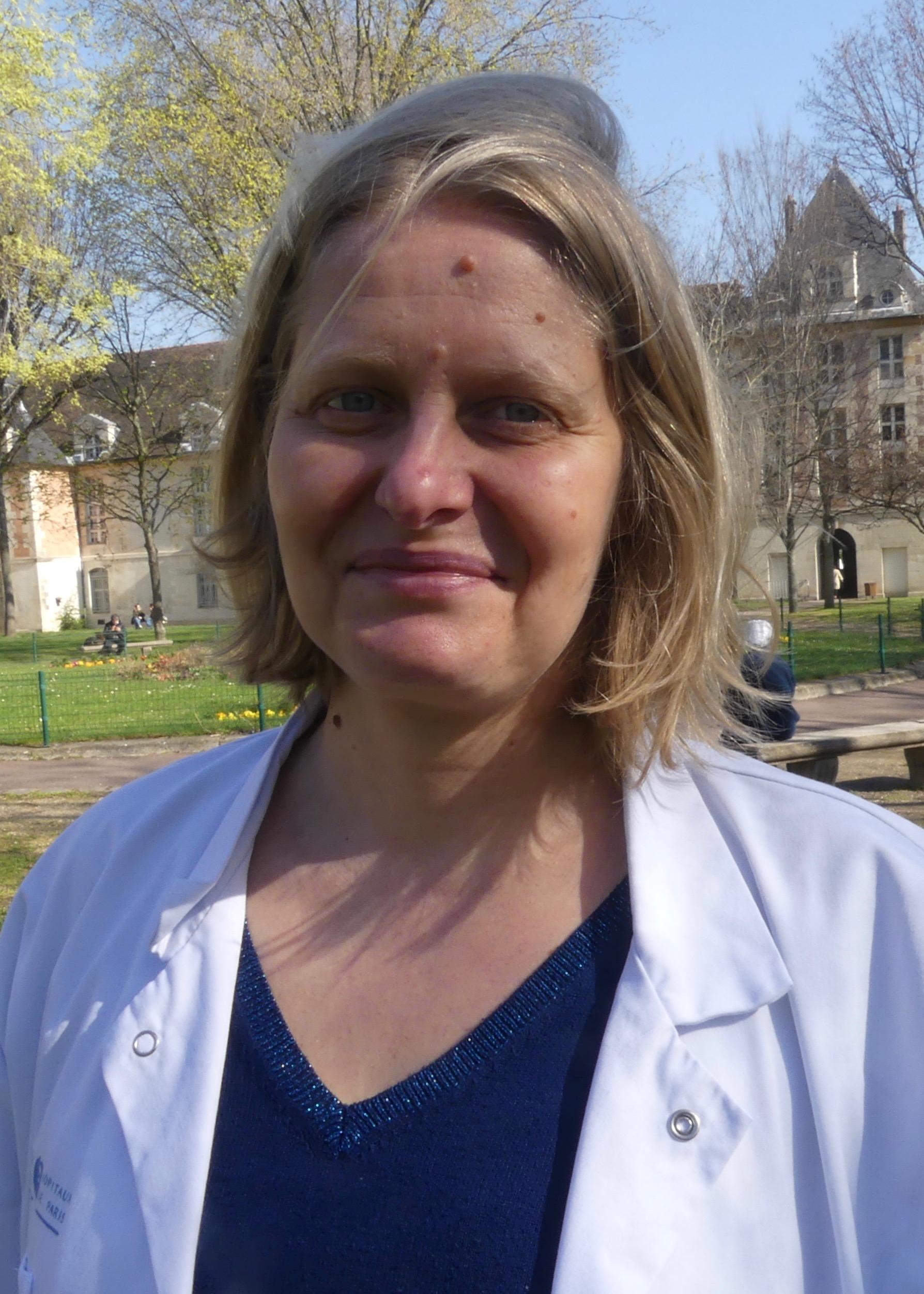 [:en]Virginie Souppart infirmière[:]